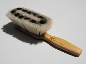 brush-505368_1280