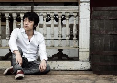 --www.pakutaso.com-shared-img-thumb-tsuyoshi-2